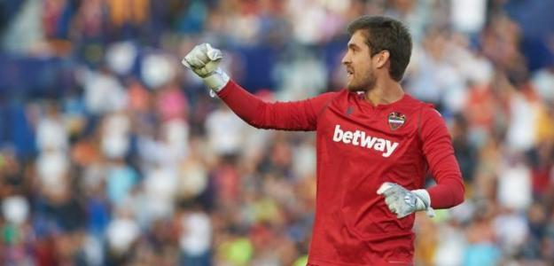 Sevilla y Betis pelearán por Aitor Fernández | FOTO: LEVANTE