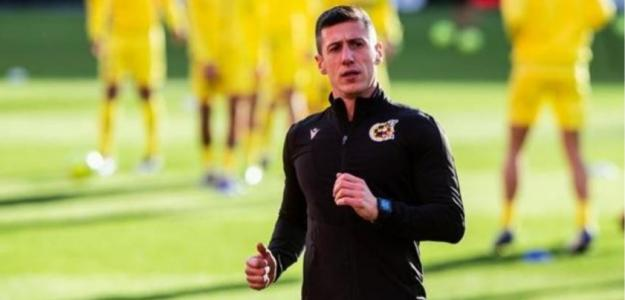 """¿Los peores árbitros del mundo en la supuesta mejor liga del mundo? """"Foto: La Voz de Cádiz"""""""