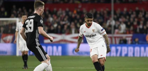 Banega en un partido / Sevilla