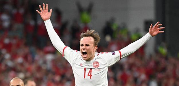 El Madrid pide precio por Mikkel Damsgaard