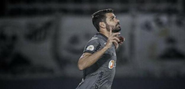 Tras 30 minutos, Costa se estrenó con su nuevo equipo. Foto: Getty