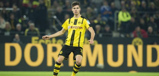 Julian Weigl, en un partido del Borussia Dortmund / BVB.