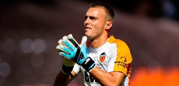 El Valencia señala al sustituto de Cillessen / Deportevalenciano.com