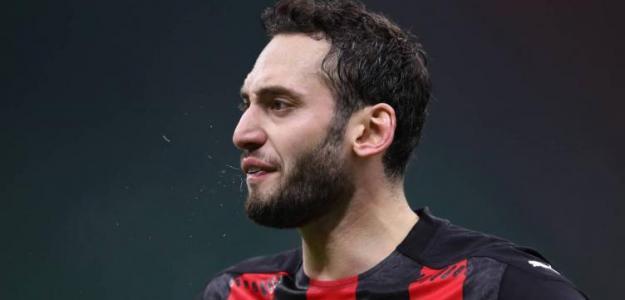 Fichajes Manchester United: Calhanoglu entra en escena / Soycalcio.com