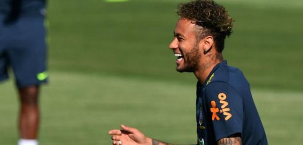 Neymar entrenando con Brasil. / milenio.com