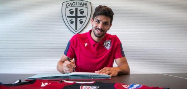 Giovanni Simeone suma su tercer equipo en Italia / Cagliaricalcio.com