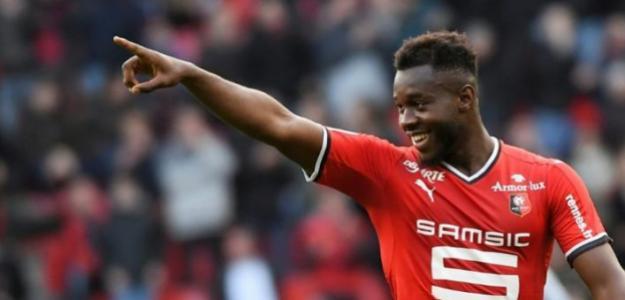 El Sevilla rescinde el contrato de Gnagnon