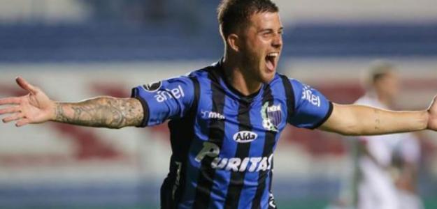 """El joven delantero uruguayo por el que se pelean los equipos de LaLiga """"Foto: Sport"""""""