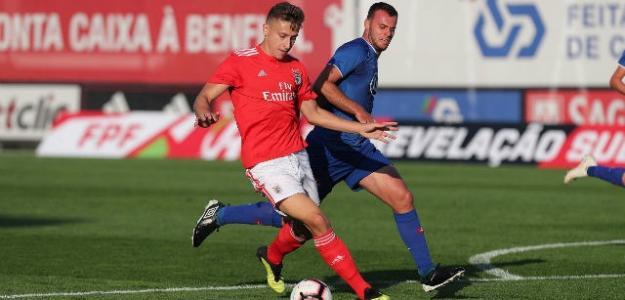 El Atlético de Madrid sella con el Benfica la compra de Saponjic (BeSoccer)