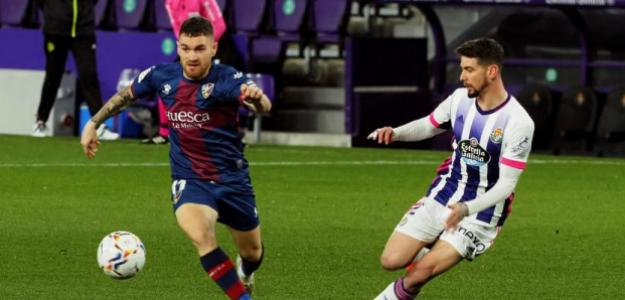 Los tres equipos españoles que siguen los pasos de Javi Galán, revelación de La Liga