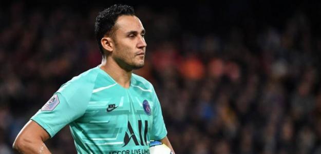Keylor Navas se levanta contra Leonardo en el PSG / Elintra.com