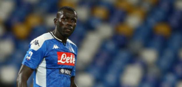 """""""El Nápoles cede y dejará salir a Koulibaly. Foto: Getty Images"""""""