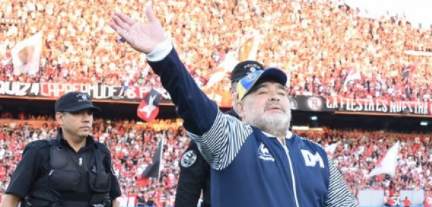 """El soñado retorno de Maradona """"Foto: Cadena 3"""""""