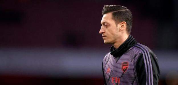 Las cuatro equipos de la Serie A que quieren a Mesut Özil