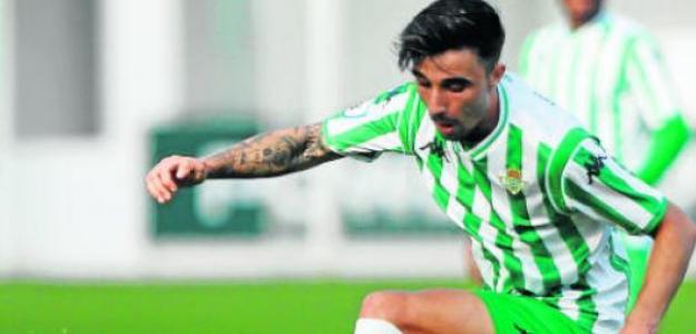 """Robert González convence a Manuel Pellegrini en la pretemporada del Real Betis """"Foto: udlaspalmas"""""""