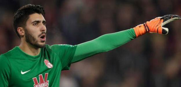 Rui Silva se le escapa al Betis / Eldesmarque.com