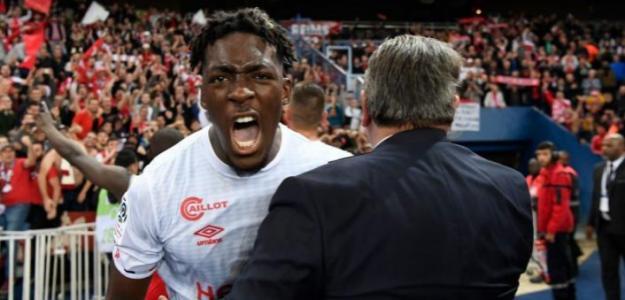 El Sevilla avanza por Axel Disasi. Foto: La Colina de Nervión