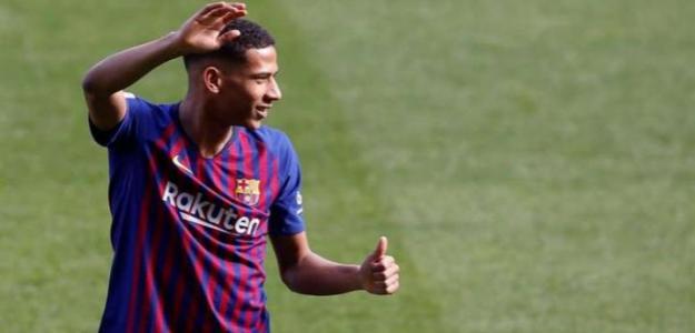 Todibo ante su gran oportunidad en el Barça / FCBarcelona.es