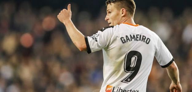"""""""La opción Gameiro gana enteros en el Sevilla./ Foto: Deporte Valenciano"""""""