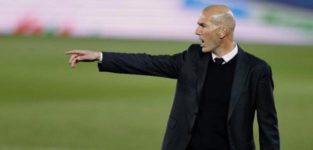 El lateral derecho, otro problema del Madrid en el mercado de fichajes