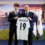 Álvaro Odriozola y Florentino P´rez. Foto: Realmadrid.com