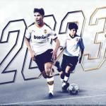 OFICIAL: El Valencia renueva y blinda a Carlos Soler / Valenciacf.com