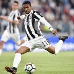 El PSG envía una oferta a la Juventus por Douglas Costa / Juventus.com