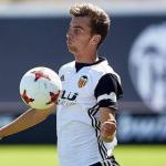 El Valencia regala a Álex Centelles, una de sus perlas / Valenciacf.com