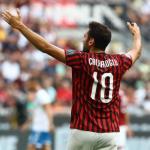Hakan Calhanoglu entran en la agenda del Inter y Napoli
