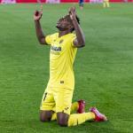 El Villarreal pone a la venta a Samu Chukwueze