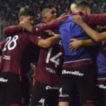 """Los grandes de Argentina pelean por este entrenador """"Foto: RPP"""""""