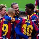 El vestuario del Barça estalla por la rebaja salarial impuesta por Laporta