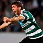 Emiliano Insúa celebra un gol en Portugal