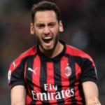 Las tres opciones que maneja el Milan para reemplazar a Calhanoglu