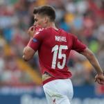El Sevilla piensa en Maehle como recambio de Jesús Navas
