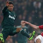 El Manchester United prepara un 'ofertón' por Varane. Foto: Daily Express