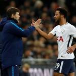 Mousa Dembele siendo sustituido en un encuentro del Tottenham. Foto: Youtube.com