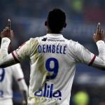Moussa Dembélé entra en la agenda del Manchester United   FOTO: LYON