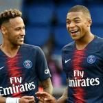 Neymar junto a Kylian Mbappé / Foto: PSG