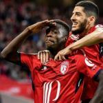 Nicolás Pépé celebra un gol / Youtube