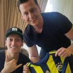 OFICIAL: Mesut Özil, nuevo jugador del Fenerbahçe. Foto: Twitter