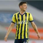 Ozil no se marchará del Fenerbahçe / Mediotiempo.com