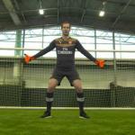 Petr Cech con la camiseta del Arsenal. Foto: Youtube.com