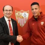 José Castro y Guilherme Arana, en la presentación del jugador / Sevilla FC.