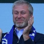 Roman Abramovich, en un partido del Chelsea / El Universo.