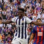 Salisu se estrenó como goleador. Foto: EFE