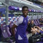 Albert Sambi Lokonga se ofrece a varios equipos | Foto: News