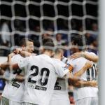 Tres ventas externas que dejarán beneficios en el Valencia / Twitter