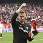 Vaclik sigue esperando al Sevilla para renovar su contrato